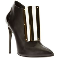 Femme - Giuseppe Zanotti Design Plaque Detail Ankle Boot - Biondini... ($1,771) ❤ liked on Polyvore featuring shoes, boots, ankle booties, black pointed toe booties, high heels stilettos, black stilettos, leather boots and black leather bootie