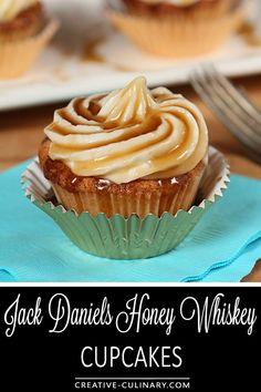 Alcoholic Desserts, Köstliche Desserts, Delicious Desserts, Dessert Recipes, Alcoholic Cupcakes, Unique Cupcake Recipes, Plated Desserts, Cupcake Creative, Cupcake Recipes From Scratch