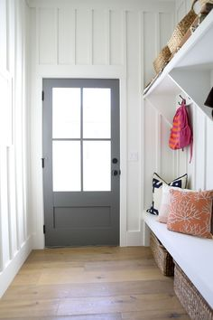80 Modern Farmhouse Mudroom Entryway Ideas - Decorating Ideas - Home Decor Ideas and Tips Design Entrée, House Design, Interior Design, Stone Interior, Interior Colors, Gray Interior, Contemporary Interior, Interior Styling, Modern Farmhouse