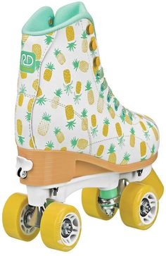 Roller Derby Skate Corp Candi Girl Lucy Adj Grl Roller Retro Roller Skates, Kids Roller Skates, Roller Skate Shoes, Roller Derby Skates, Kids Skates, Quad Skates, Roller Derby Clothes, Roller Skating Party, Mode Shoes