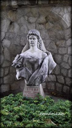 Statue of Sissi, imperial of Austria. Situated in the town Piestany, Slovakia Sissi, Austria, Garden Sculpture, Buddha, Statue, Temples, Castles, Outdoor Decor, Mansions