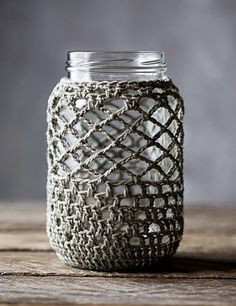 Crochet Gift Idea Pure Cotton Crochet Cover for 1 Quart Mason Jar on Etsy - Crochet Cozy, Cotton Crochet, Love Crochet, Crochet Gifts, Diy Crochet, Mason Jar Cozy, Quart Mason Jars, Crochet Decoration, Crochet Home Decor