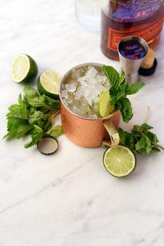 Kentucky Mule Cocktail Recipe for Derby Day! | @saltandwind | http://saltandwind.com