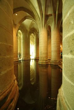 Reflections of pillars inside Mont St. Gothic Cathedral, Cathedral Church, Region Normandie, Le Mont St Michel, Beautiful Paris, The Cloisters, Normandy France, Belle Villa, Paris City