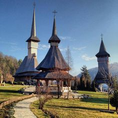 Romania, Maramures county Beauty Around The World, Around The Worlds, Amazing Places, The Good Place, Country, Architecture, Heart, Modern, Travel
