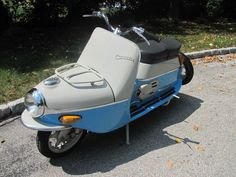 Posts about Scooter written by Abhi and Tim Huber Triumph Motorcycles, Custom Motorcycles, Cars And Motorcycles, Scooter Bike, Vespa Scooters, Dirt Bike Girl, Girl Motorcycle, Motorcycle Quotes, Vespa Lambretta