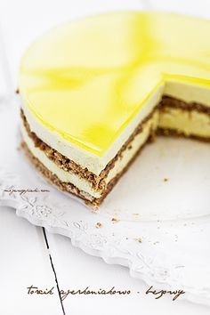nut meringue mousse cake with lemOn jelly