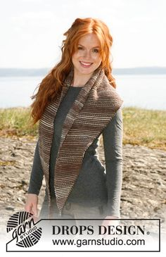 """Sandstone - Knitted DROPS shawl in garter st with stripes in """"Fabel"""". - Free pattern by DROPS Design Drops Design, Lace Knitting, Knitting Patterns, Magazine Drops, Point Mousse, Cowl Scarf, Garter Stitch, Shawls And Wraps, Knitting Projects"""