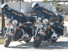 Motorcycles fill the parking lot as the 56 police officers wait to compete in… Cool Motorcycles, Harley Davidson Motorcycles, Police Cars, Police Officer, Police Vehicles, Mechanical Art, 2014 Harley Davidson, Biker Quotes, Vintage Travel Posters