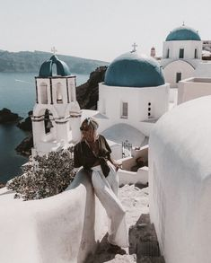 Days in Santorini 💭 edited with the from the Greece collection, now live, link in the bio ⚡️⚡️ Greece Photography, Travel Photography, Couple Photography, Fashion Photography, Mykonos, Oh The Places You'll Go, Places To Travel, Travel Pictures, Travel Photos