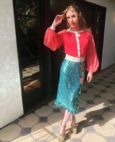 Tonight's Look – The Emma Roberts Effect Julia Roberts, Emma Roberts Style, Chanel Oberlin, Celebrity Film, Celebrity Look, Jennifer Connelly, Debbie Harry, Wild Child, American Horror Story