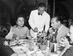 """Anna Magnani e Roberto Rossellini, nel 1948 per la presentazione di """"Amore"""" (AP Photo)"""