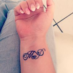 My first tattoo; M & P 'mama & papa   zo ben je der elke dag bij ❤️
