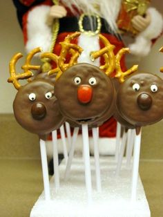 Cute Christmas Treats for Kids - Moms & Munchkins