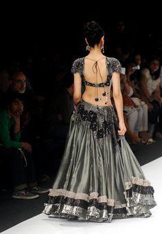 Grey Black #lehenga #choli #indian #shaadi #bridal #fashion #style #desi #designer #blouse #wedding #gorgeous #beautiful