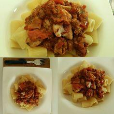 Settima dedicata ai piatti di pesce #pasta #triglia #datterini #olive #profumodimare #ricordi #cookitoff #piattodelgiorno #piattiitaliani #bonappetit