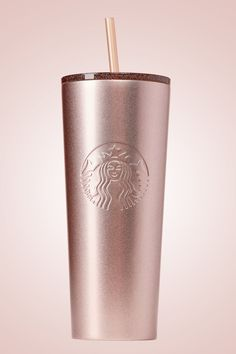 Starbucks Just Launched Its Christmas Line And We Want Everything Rose Gold Col., holiday wallpaper Starbucks Just Launched Its Christmas Line And We Want Everything Rose Gold Col. Copo Starbucks, Starbucks Tumbler, Starbucks Drinks, Pink Starbucks Cup, Starbucks Christmas Cups, Starbucks Drinkware, Starbucks Water Bottle, Starbucks Venti, Rose Gold Decor