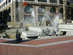 United_Nations_Plaza_(San_Francisco)_2.JPG (2592×1944)