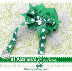 Design a St. Patrick's Day hair bow to wear on March or any day of the year. Create a boutique style St. Patrick's Day hair bow with long ribbon tails using your Mini Bowdabra along with the Hair Bow Tool Ruler. This style bow is perfect for ponytails! Making Hair Bows, Diy Hair Bows, Bow Hair Clips, St Patricks Day Hair Bows, St. Patricks Day, How To Make Hair, How To Make Bows, Gem Hair, Hair St