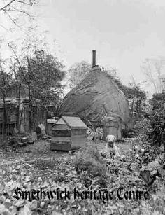 Gypsy camp Thimblemill Road Gypsy Women, Gypsy Caravan, Gypsy Life, West Midlands, Old Pictures, Birmingham, Mount Rushmore, Britain, England