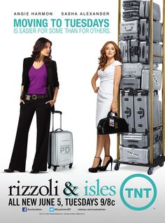 RIZZOLI & ISLES because I love Jane's humour & Maura's serious but still funny humour. Maura is my favorite. Sasha Alexander is the sweetest! She sent me her autograph as a reply to a gift I sent her! <3