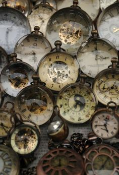 ballerina67:  Vintage Time Keepers