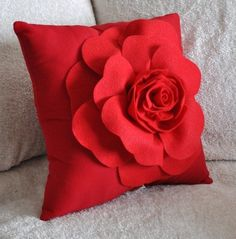 Red Pillows Red Rose on White Pillow by bedbuggs on Etsy Red Throw Pillows, White Pillows, Red Cushions, 3d Rose, Red Accents, Felt Flowers, My Favorite Color, Decorative Pillows, Pillow Covers