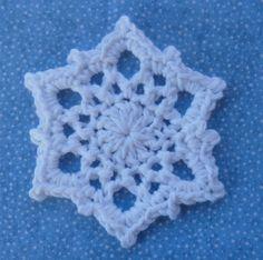 Whiskers & Wool: Snowflake Free Pattern