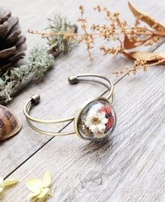 Keep the zen of nature on you at all times with these handcrafted accessories by Siamesa.