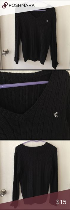 Chunky cable knit sweater! Lauren Ralph Lauren cable knit sweater. Tags are cut out but I believe this is a Large. Cute and comfortable! V-neck Lauren Ralph Lauren Sweaters V-Necks