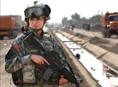 Fighting Stereotypes: 10 Photos of Military Women on the Front Lines
