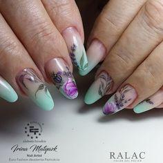#nailstagram#photooftheday #beautiful#наращиваниеногтей #красивыйдизайн #nailart #маникюр2018 #ручнаяроспись #naildesign #beautynail#nail_art_club #nailswag #дизайнногтей#nails_journal#nails_page#lovenails#nailclub#идеяманикюра#nailpolish#френч#топмастеров#nailart#nails #ranails #ralac #rapaint #eurofashion #nailartistef#зима #nailartistefap