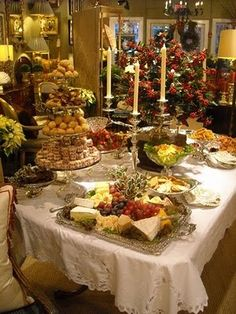 buffet table for holiday parties For our Holiday Party! Christmas Entertaining, Christmas Party Food, Holiday Parties, Christmas Holidays, Xmas, Thanksgiving Holiday, Christmas Tablescapes, Christmas Decorations, Fingers Food