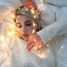 Aerie has enlisted Emma Roberts to work on their unretouched ads.