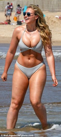 Curvy: Her toned thighs were on display