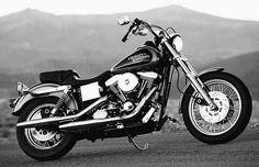 Harley Davidson Dyna Low Rider...my oh my. Yes, please.