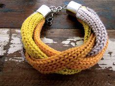 """Armbänder & Armreife - Geflochtenes Strickarmband """"Winnie"""" - ein Designerstück von RiekeMT bei DaWanda"""