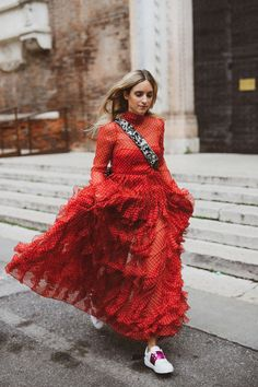 THE BEST RED DRESSES FOR SUMMER: DETERMINE WHICH SHADE OF RED WORKS FOR YOU