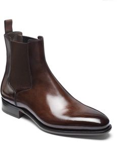 Chelsea Boots - How To Make An Impressive Shoe Wardrobe Best Mens Chelsea Boots, Chelsea Boots Outfit, Leather Chelsea Boots, Black Leather Ankle Boots, Calf Leather, Mens Shoes Boots, Mens Boots Fashion, Shoe Boots, Mens Zipper Boots