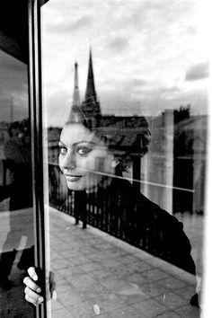 Elliott Erwitt, Sophia Loren, Paris 1962