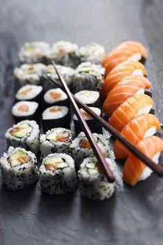 Sushi , il piatto giapponese tipico per eccellenza.
