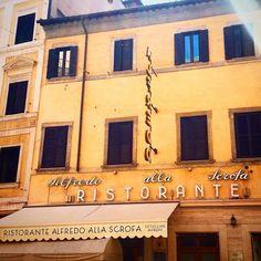 #romatype #letteringdaroma #lettering #font instagram.com/roma_type