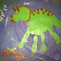 Handprint triceratops