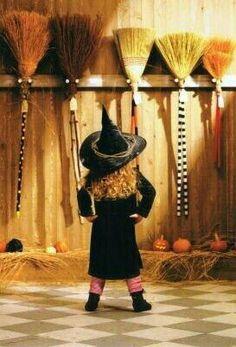 Retro Halloween, Holidays Halloween, Spooky Halloween, Halloween Themes, Happy Halloween, Halloween Decorations, Halloween Costumes, Funny Halloween, Halloween Cookies