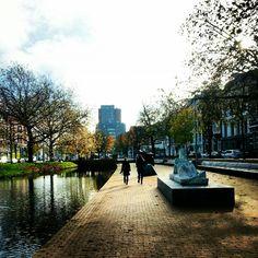 Sculpture, canal, Rotterdam