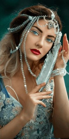 Uploaded by Iriska. Find images and videos about gif on We Heart It - the app to get lost in what you love. Beautiful Gif, Beautiful Girl Image, Beautiful Women, Fantasy Art Women, Fantasy Girl, Exotic Beauties, Cute Girl Face, Blue Aesthetic, Boho Gypsy