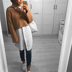 Coucou les filles bon début de semaine Follow @mumofbabies @mumofbabies ➖ ➖ ➖ FOLLOW @lakiantii @lakiantii ➖ ➖ ➖ @hijabs_inspirations… Modest Fashion Hijab, Modern Hijab Fashion, Street Hijab Fashion, Casual Hijab Outfit, Hijab Fashion Inspiration, Islamic Fashion, Hijab Chic, Muslim Fashion, Mode Outfits