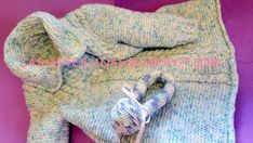 Abrigo de bebé con canesú de trenzas | Manualidades