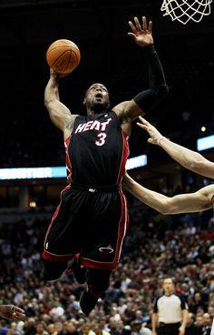 D-Wade, 3 time NBA champ. Miami Heat Basketball, Nba Pictures, Champs, Sports, Basketball, Hs Sports, Sport
