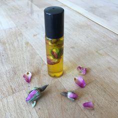 Růžový květinový set - parfém a vonný olej pro maminku či jinou blízkou ženu - Kosmetika hrou Homemade, Blog, Diy, Home Made, Bricolage, Blogging, Do It Yourself, Diys, Hand Made